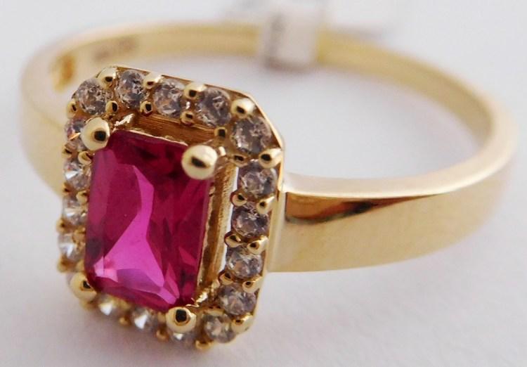 Mohutný zásnubní zlatý prsten s velkým červeným rubínem 585/2,50g vel.59 1216147 (1216147 - POŠTOVNÉ ZDARMA)