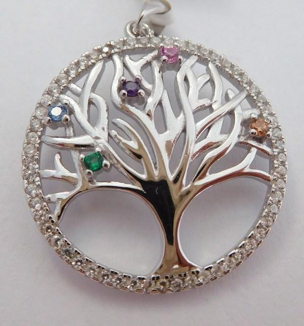 Krásný stříbrný přívěšek - strom života F317