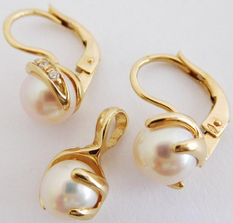 Mohutná masivní zlatá souprava s pravými perlami (pr.7mm) 585/5,26gr H885 (H884 a H883 - POŠTOVNÉ ZDARMA )