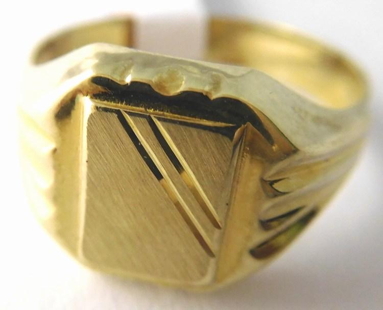 1b6307dc6ca Kompletní specifikace · Ke stažení · Související zboží · Komentáře (0).  Pánský mohutný zlatý prsten ...